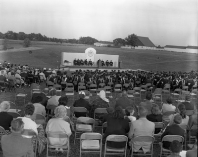 61-23; Outdoor Commencement on Edwardsville Campus